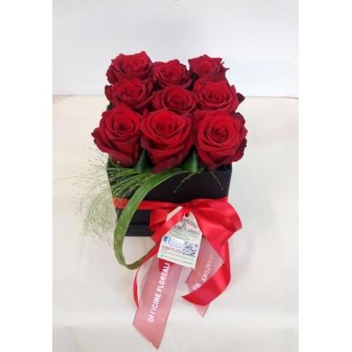 """Composizione Rose """"Elegant Love"""""""